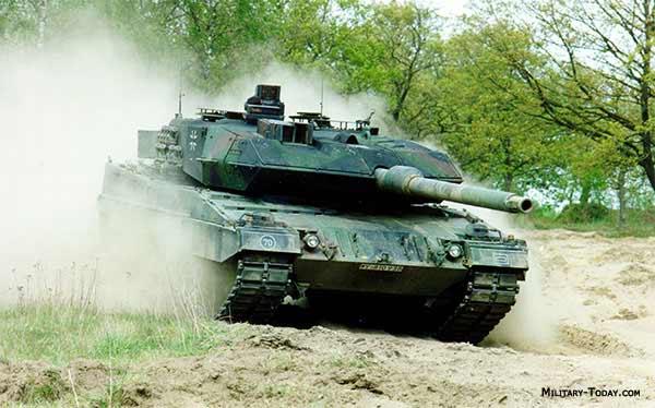Armée Allemande (Bundeswehr) Leopard_2a6