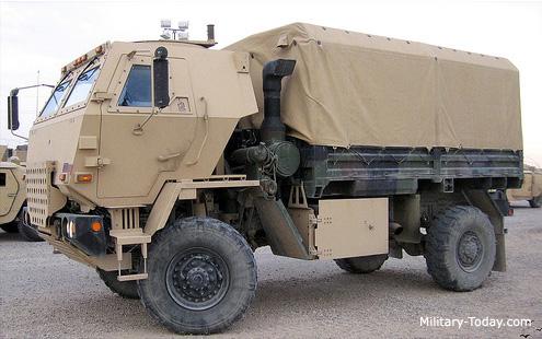 M 1078 LMTV / Armored cab.....( Début de montage)....Up du 03/01... M1078_lmtv_l7
