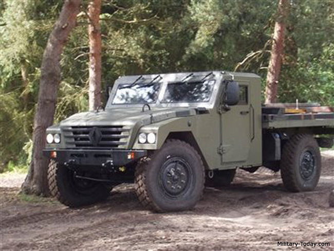 Sherpa Light Scout nuevo vehiculo de la SEMAR - Página 2 Renault_sherpa_3_l1