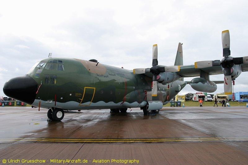 طائرة النقل سى-130 هرقل  CC-130 Hercules - صفحة 2 C-130H-7T-WHE_RIAT2009_1950_800