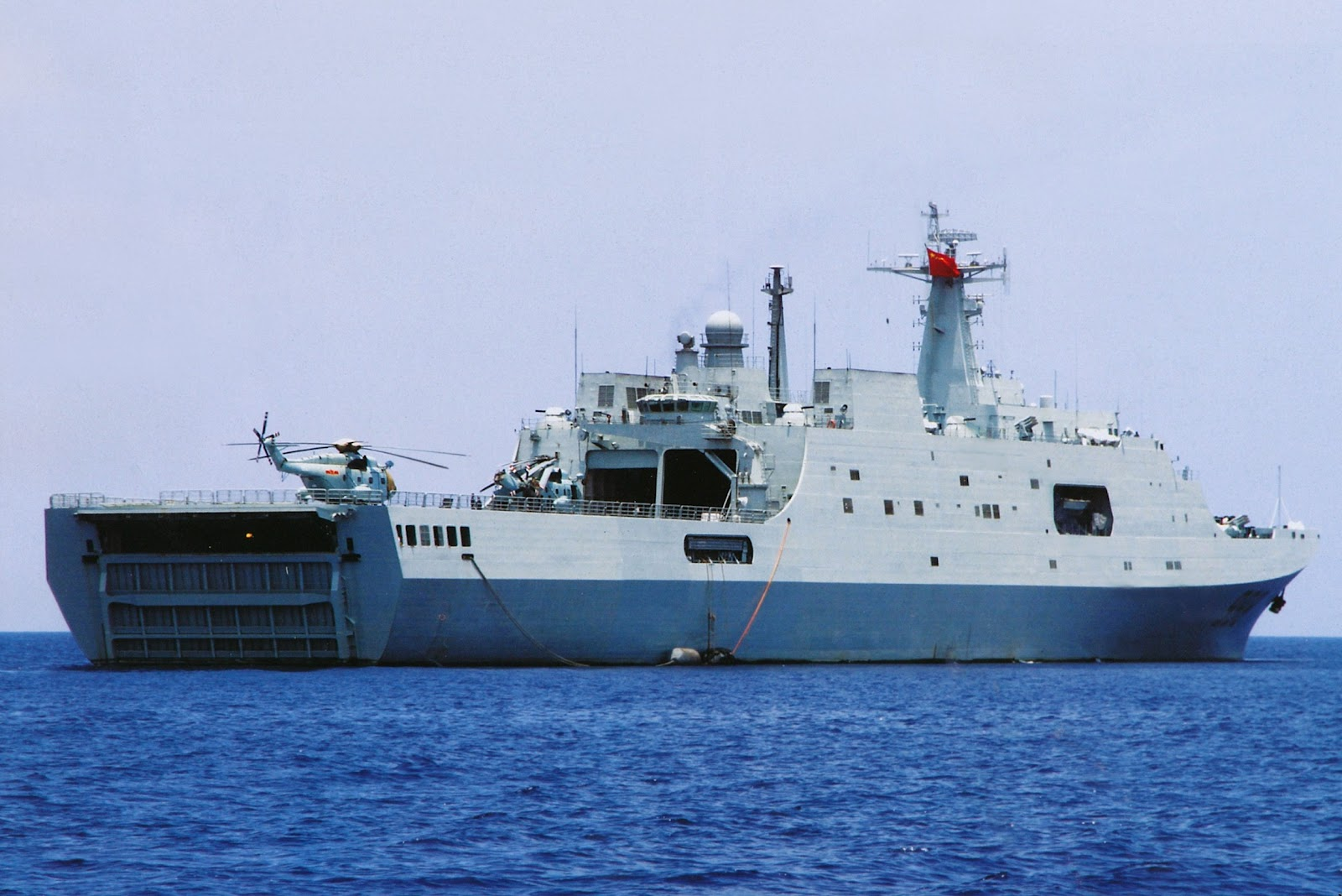 سفن إنزال للمغرب و دول عربية أخرى  Type_071-3