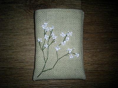 Поделка из атласных ленточек «Аромо-саше с вышивкой» PIC_02041