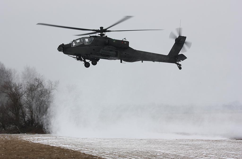 Hélicoptères de combats - Page 3 587_10001_125