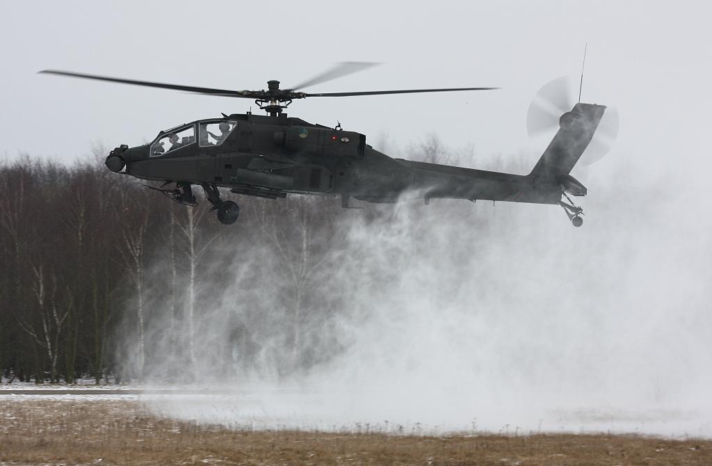 Hélicoptères de combats - Page 3 587_30001_103