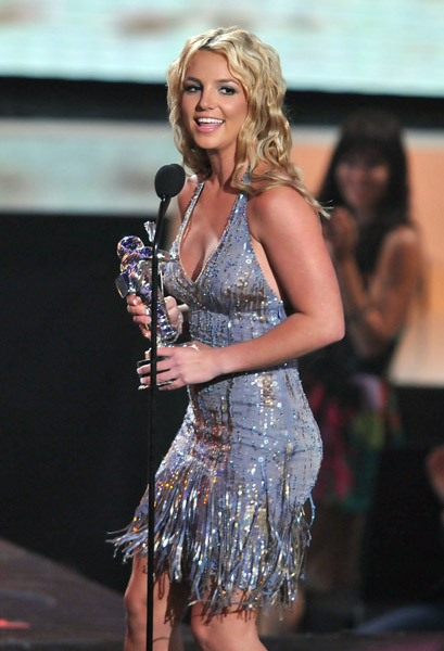 ..:Registracija:.. - Page 2 Britney-Spears-MTV-2008