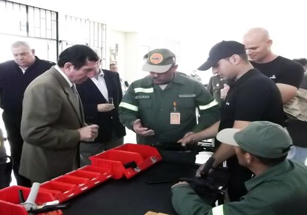 EL NUEVO FUSIL DEL EJERCITO PERUANO  Np_20110923_22