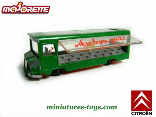 N°03 Etalmobil 500_______majorette_03_etalmobil_vert_sb_a_18426