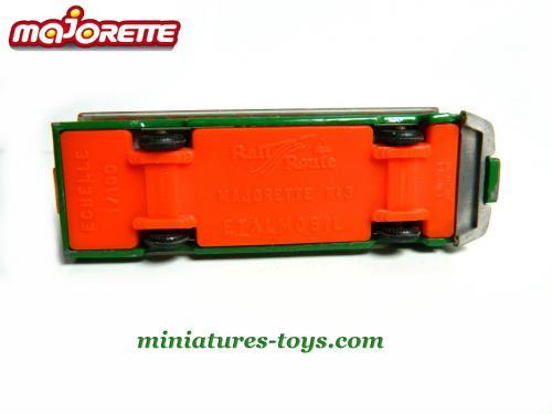 N°03 Etalmobil 500_______majorette_03_etalmobil_vert_sb_d_18429