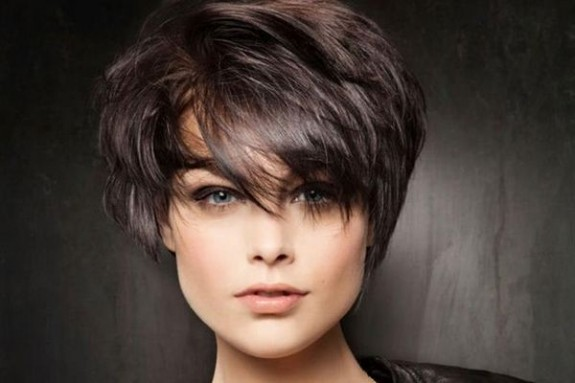 Lepota ženske kose - Page 3 Kratka-kosa-575x383