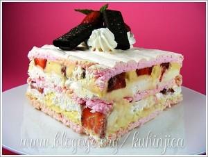 Torte Beze-sa-jagodama-300x226