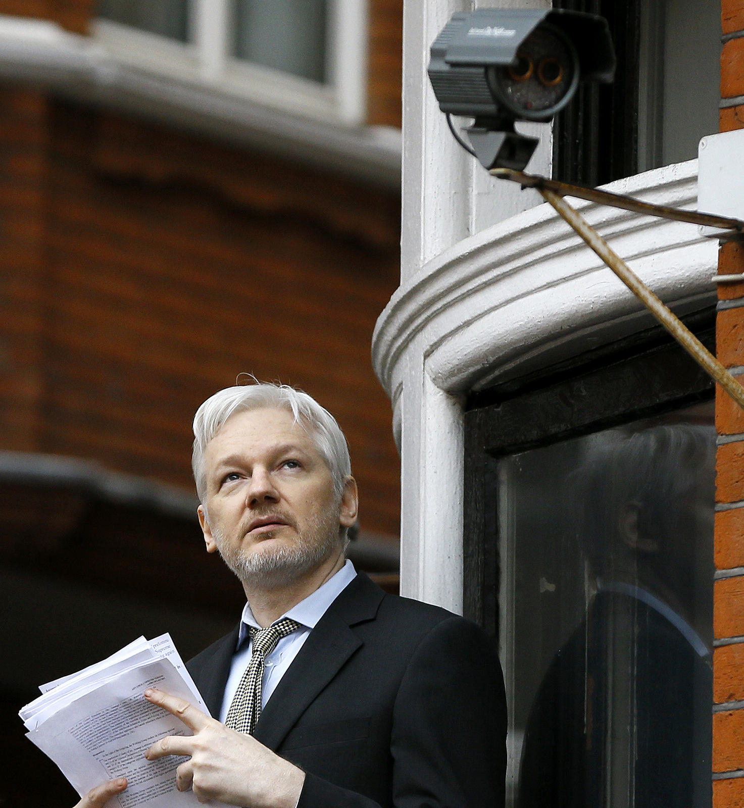 WikiLeaks Founder Assange Demands Transparency In Panama Papers Release AP_509163561960