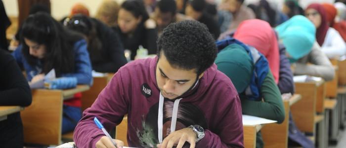 تحديد موعد الامتحانات لطلاب الثانوية العامة 2016 وقرارات هامة من وزارة التعليم %D8%B7%D9%84%D8%A7%D8%A8-%D8%A7%D9%84%D8%AB%D8%A7%D9%86%D9%88%D9%8A%D8%A9-%D8%A7%D9%84%D8%B9%D8%A7%D9%85%D8%A9-700x300