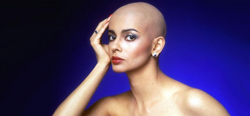 Les frisottis ont-ils le droit d'exister ? Persis-khambatta-the-first-indian-woman-to-make-a-mark-in-hollywood_12-03-18_10-24-57_max