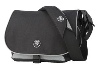Nouvelles selles cuir et bagagerie superbe.... pour Bromie. Crumpler_daily_noir