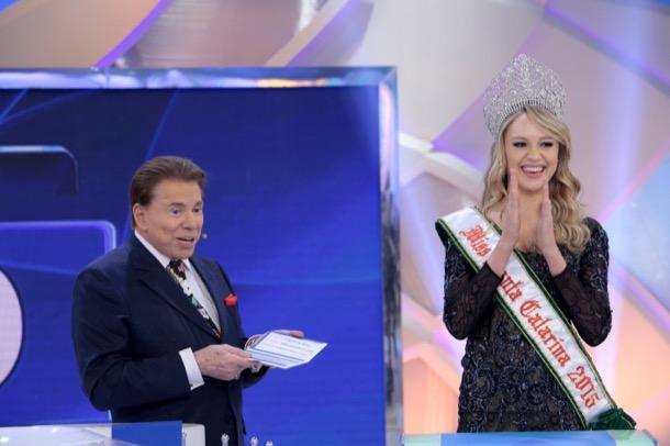 miss santa catarina universo 2015: sabrina meyer. - Página 6 20150814-programa-sbt-02