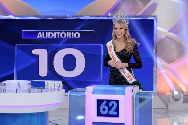 miss santa catarina universo 2015: sabrina meyer. - Página 6 20150814-programa-sbt-03