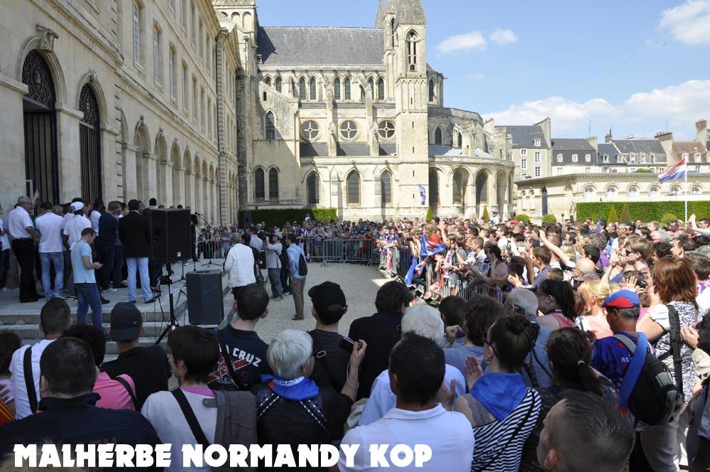 [28e journée de L2] SM Caen 1-1 Nîmes Olympique - Page 21 Mairie07_0