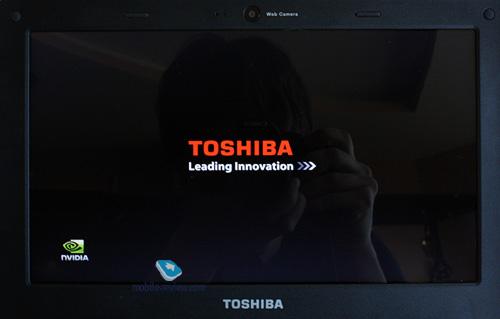 Первый взгляд: смартбук Toshiba AC100 Img-8131