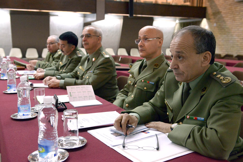 ثلاث مصانع سلاح صربيه للجزائر  - صفحة 2 MJV_5426