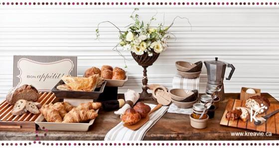 Vendredi 15 août Kreavie-Sweet-table-a-Montreal-photo-par-Julia-C-Vona-table-de-desserts-_-petit-dejeuner-a-la-francaise-a-la-patisserie-de-farine-et-d-eau-fraiche-_-table-de-douceurs-560x298