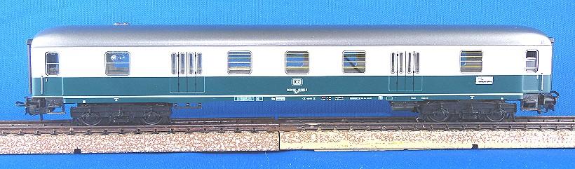 Post/Gepäckwagen 4044-4
