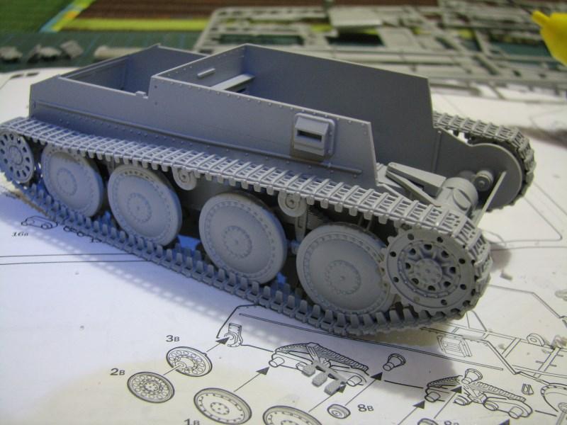 Pz.KpfW. 38(t) Ausf F [ITALERI 1:35] IMG_3510