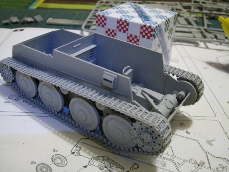 Pz.KpfW. 38(t) Ausf F [ITALERI 1:35] IMG_3511