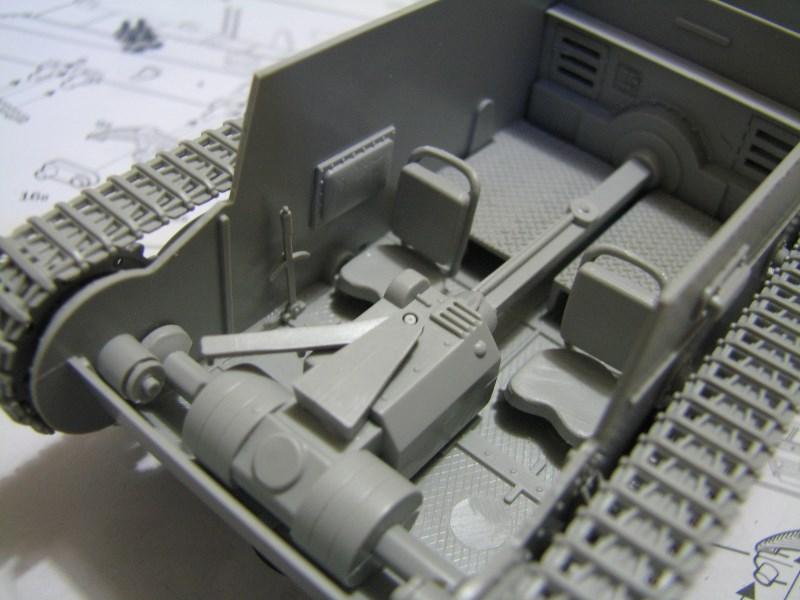 Pz.KpfW. 38(t) Ausf F [ITALERI 1:35] IMG_3517