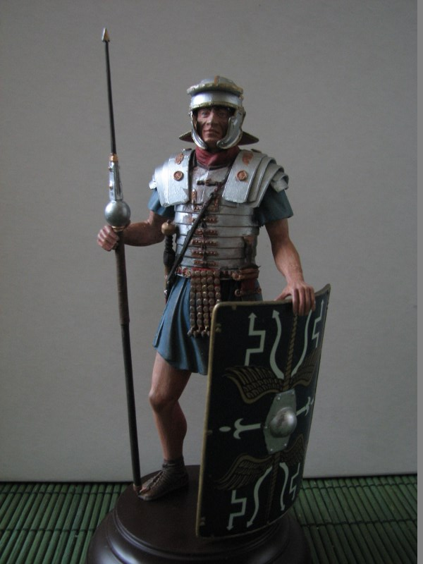 Römischer Legionär [Miniart 1/16] IMG_3098