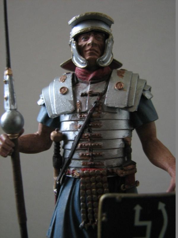 Römischer Legionär [Miniart 1/16] IMG_3109