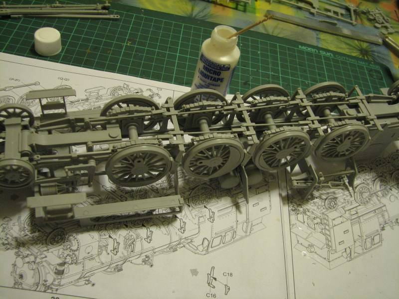 BR 86 [Trumpeter 1:35] Img_3854