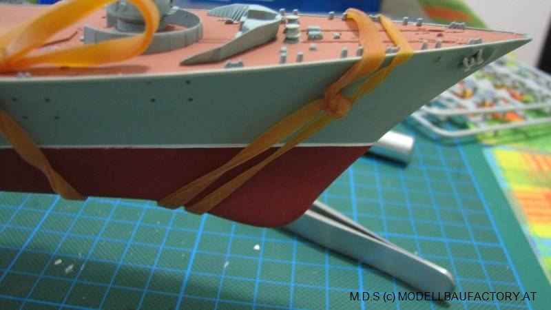 "Russian Navy ""MOSKVA"" [Trumpeter 1/350] Img_2049"