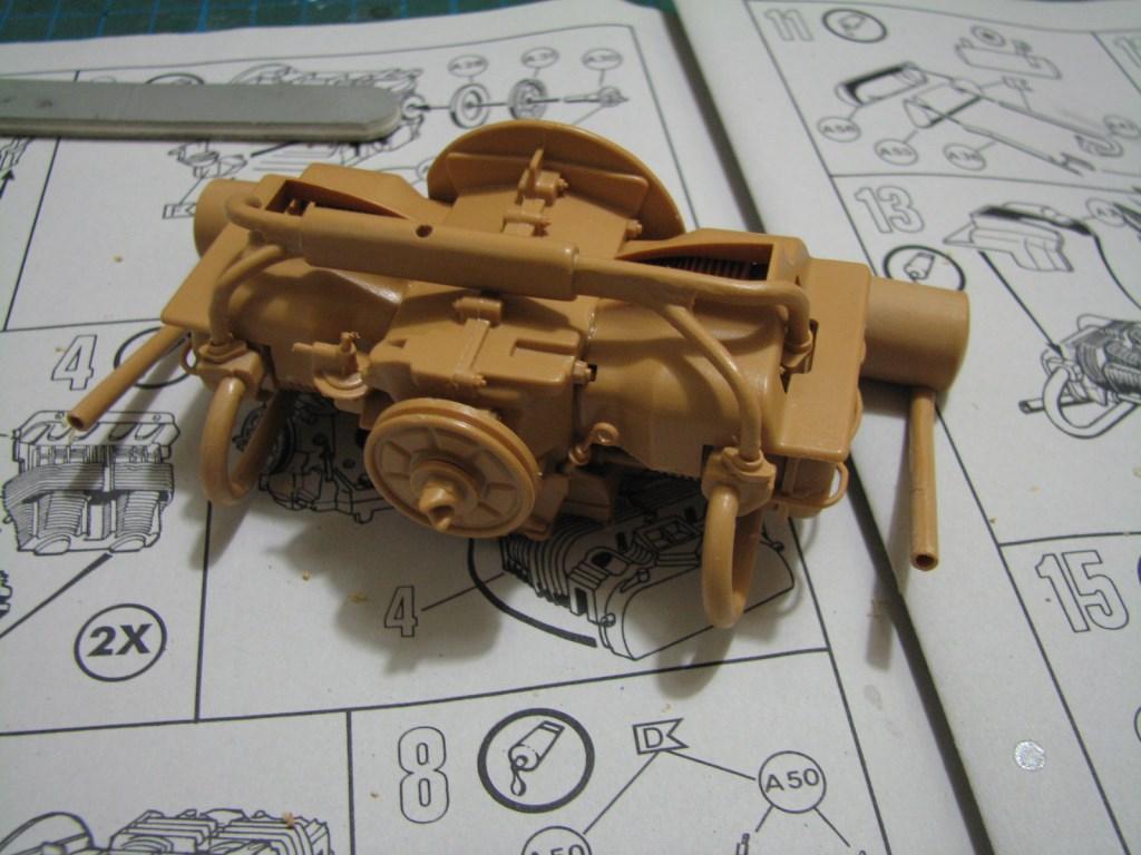 VW-Kübelwagen Typ 82  [REVELL/ESCI 1:9] Img_2132