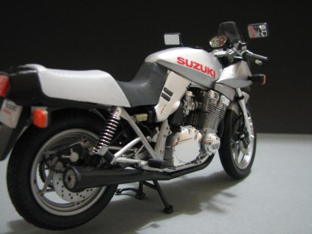 Suzuki Katana GSX 1100 [Tamiya 1:12] Img_0528