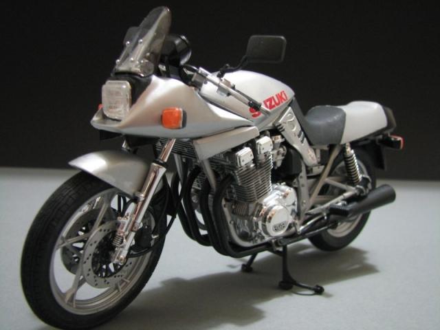 Suzuki Katana GSX 1100 [Tamiya 1:12] Img_0545