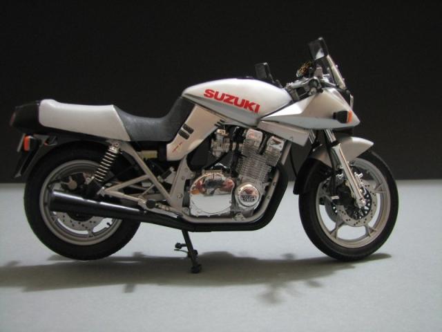 Suzuki Katana GSX 1100 [Tamiya 1:12] Img_0555