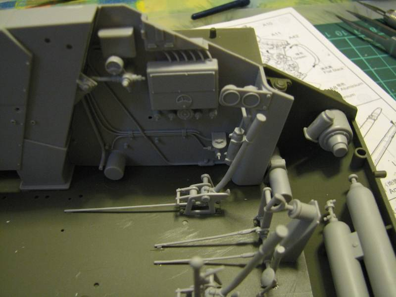 T34/85 model 1944 Factory No.183 [TRUMPETER 1:16] Img_4403