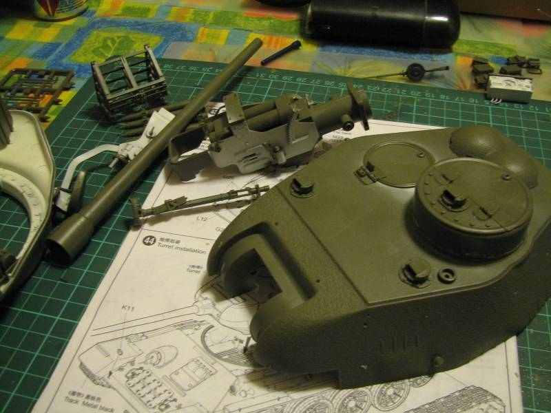 T34/85 model 1944 Factory No.183 [TRUMPETER 1:16] Img_4565