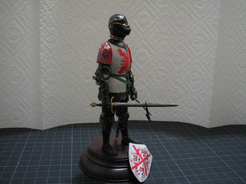 Burgundischer Ritter [Miniart 1:16] Img_1928