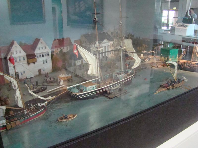 Museo navale di Bremerhaven e U-boot 223873d1440742950-museo-navale-di-bremerhaven-e-u-boot-dsc00763