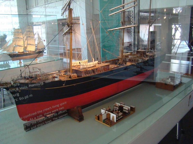Museo navale di Bremerhaven e U-boot 223876d1440742950-museo-navale-di-bremerhaven-e-u-boot-dsc00766