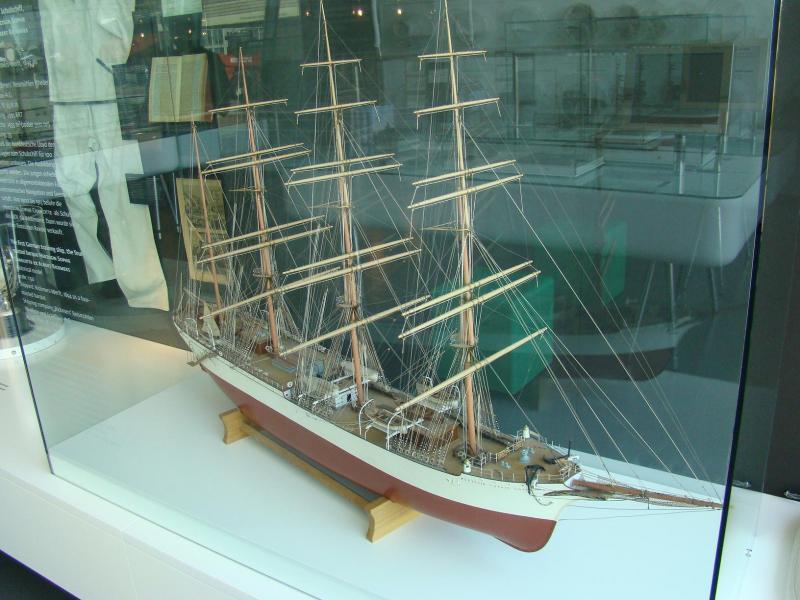 Museo navale di Bremerhaven e U-boot 223878d1440742950-museo-navale-di-bremerhaven-e-u-boot-dsc00768