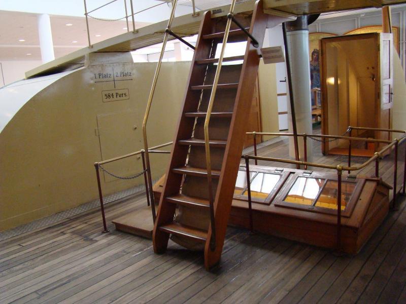 Museo navale di Bremerhaven e U-boot 223892d1440743258-museo-navale-di-bremerhaven-e-u-boot-dsc00780