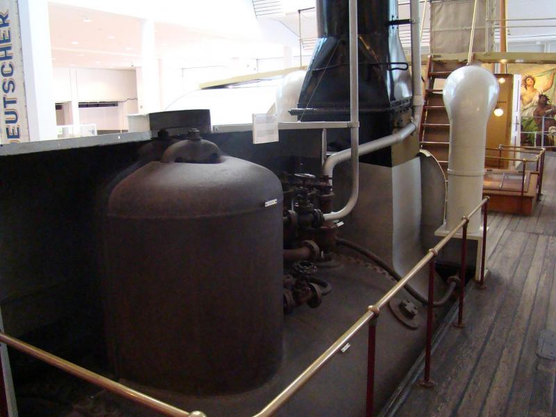 Museo navale di Bremerhaven e U-boot 223893d1440743258-museo-navale-di-bremerhaven-e-u-boot-dsc00781