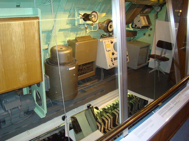 Museo navale di Bremerhaven e U-boot 223926d1440744581-museo-navale-di-bremerhaven-e-u-boot-dsc00811