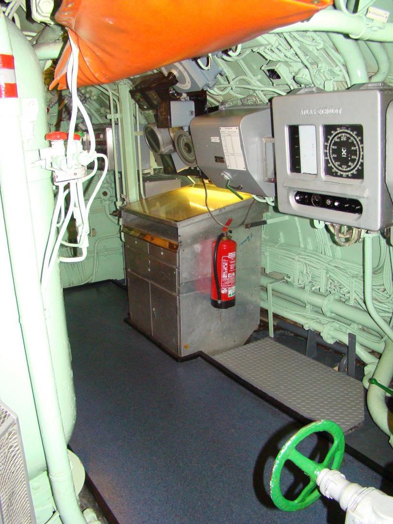 Museo navale di Bremerhaven e U-boot 223930d1440744814-museo-navale-di-bremerhaven-e-u-boot-dsc00815