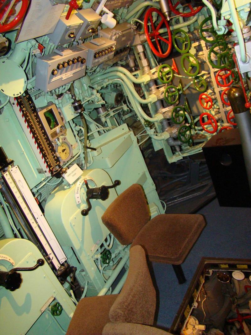 Museo navale di Bremerhaven e U-boot 223931d1440744814-museo-navale-di-bremerhaven-e-u-boot-dsc00817