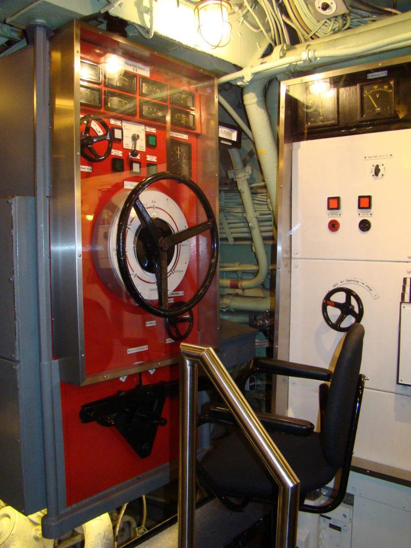 Museo navale di Bremerhaven e U-boot 223936d1440744814-museo-navale-di-bremerhaven-e-u-boot-dsc00822