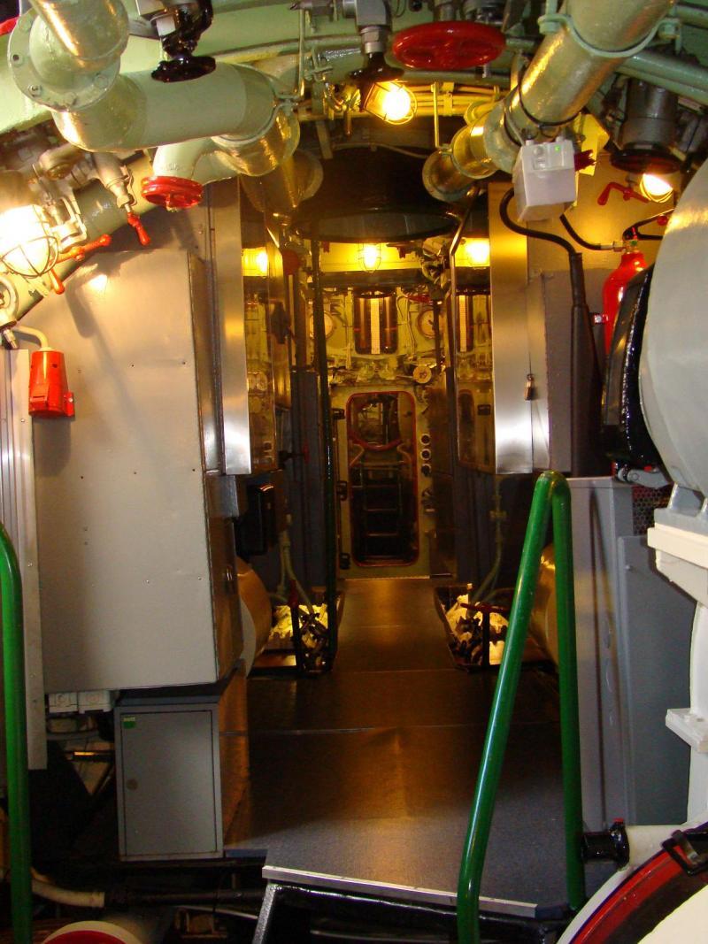 Museo navale di Bremerhaven e U-boot 223939d1440744814-museo-navale-di-bremerhaven-e-u-boot-dsc00825