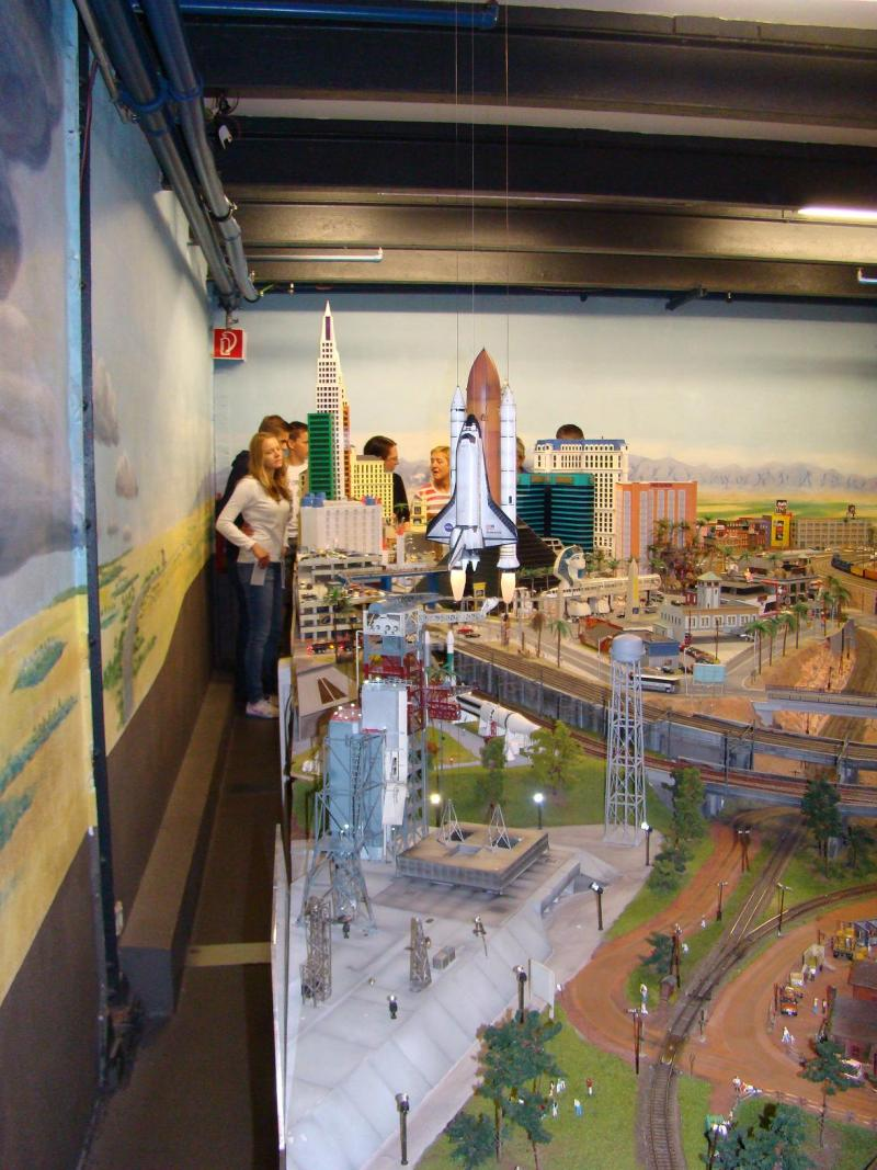 Miniatur Wunderland di Amburgo - Pagina 2 225073d1441892732-miniatur-wunderland-di-amburgo-dsc00516